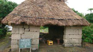 クール石の納屋